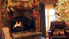 chalet rustique décorée pour Noël