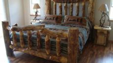 bois brute lit rustique grossier