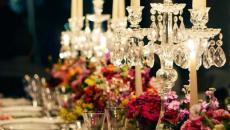 dresser une table de fête chandelier design élégant