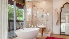 salle de bain baignoire luxe
