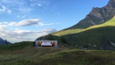 suite chambre plein air hôtel insolite projet concept créatif alpes suisses