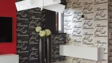 séjour moderne décoré fleurs