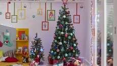 décorer pour noël chambre d'enfant sapin maison
