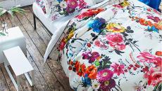 belle parure de lits motifs floraux