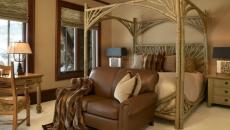 lit à baldaquin rustique en bois