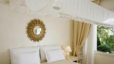 canopy lit suite palace