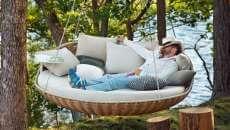 lit extérieur suspendu lit de jour jardin
