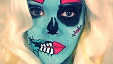 maquillage halloween en bleu et fuschia