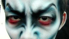maquillage terrifiant visage homme halloween