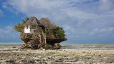 marée basse rend le restaurant accessible à pied