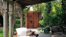 véranda devant la maison mobilier en bois