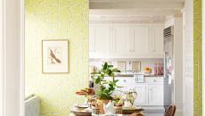 Cuisine rétro en blanc bois et citron vert
