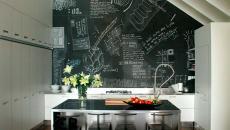 cuisine appartement dans les combles mur tableau noir