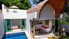 moderne résidence avec ouverture et piscine