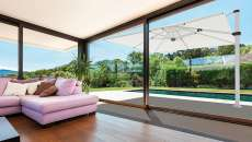 parasol rectangulaire déporté piscine terrasse aménagement
