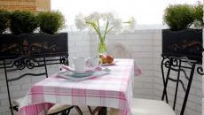 table de bistro moderne petite fonctionnelle