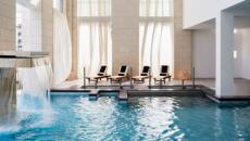 Piscine intérieur indoor hôtel spa Cancun séjour Mexique