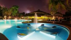 piscine originale luxe construire une piscine