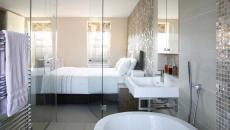 mur de verre salle de bains chambre à coucher