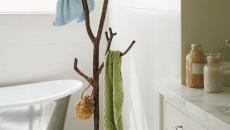 simple design arbre portemanteau salle de bain
