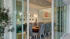 délimiter l'espace salle à manger porte cloisons en verre