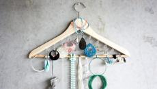 11 Idées Originales De Rangement Bijoux à Faire Soi Même · Rangement Bijoux  Boite Salle De Bain · Présentation Bijoux Rangement Créatif Diy