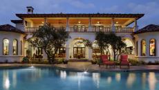 résidence de grand standing aménagement terrasse piscine