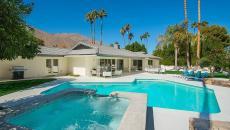piscine bleu turquoise exotique