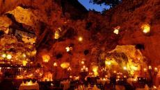 grotte transformée en restaurant original