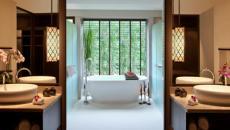 salle de bains design suite hôtel Thaïlande