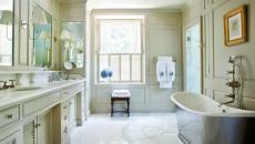 salle de bain classique marbre bois et carrelage