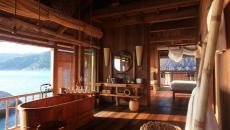 salle de bain design rustique en bois