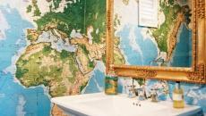 toilettes décorées carte géographique