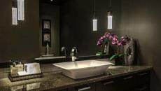 salle de bain design aménagement foncé