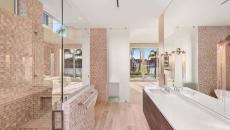 salle de bains design luxe avec terrasse