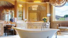 baignoire sur pieds salle de bains spacieuse retro élégant