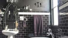 sombre salle de bains design moderne