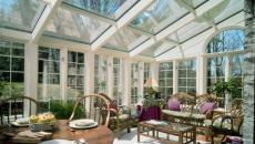 verrière véranda vitrée salon de jardin meubles déco