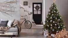 séjour deco arbre de noël artificiel sapin salon décoration de fêtes de fin d'année
