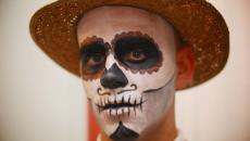 maquillage homme Halloween squelette simple