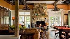 séjour grande cheminée rustique en pierre