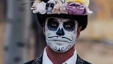 Halloween idées se maquiller squelette homme