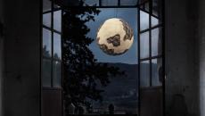 Suspension luxe design inspiré par la Lune