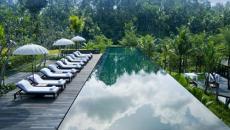 terrasse exotique piscine extérieure Bali
