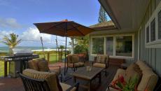 terrasse avec salon de jardin design sympa