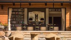 terrasse façade vitrée belle maison de campagne luxe