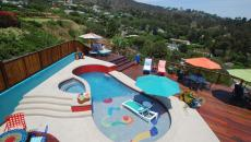 piscine outdoor avec vue villa de luxe