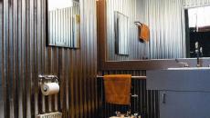 Design industriel salle de bain en tôle