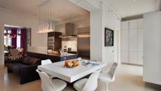 chaise tulipe dans une salle à manger moderne